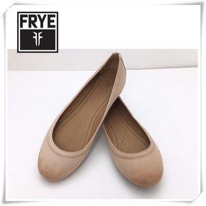 NWOT Frye Carson Belle Flat Shoes